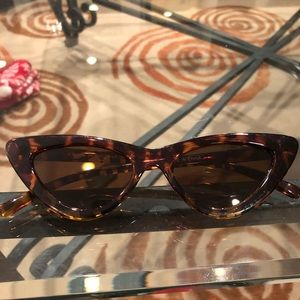 Zara Accessories - Tortoise zara cat eye sunglasses